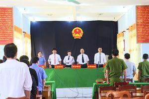 Quảng Bình: Xét xử lưu động hai vụ án tàng trữ và mua bán trái phép chất ma túy