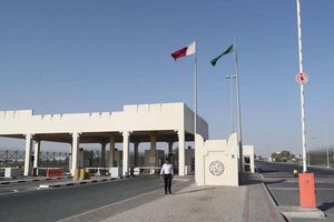 Ả Rập Saudi quyết tâm đào kênh rồi lấp đầy rác xung quanh Qatar