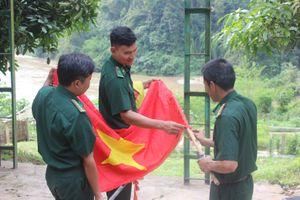 Ở nơi con sông Đà 'chạm' vào đất Việt