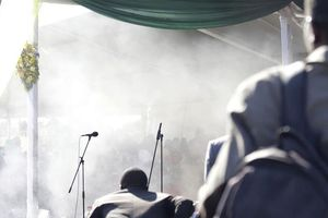 Tổng thống Zimbabwe gọi vụ tấn công nhằm vào ông là hèn nhát