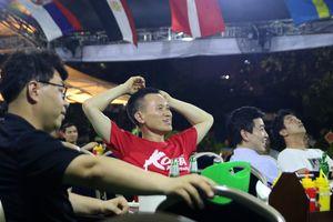 Từ Việt Nam, CĐV Hàn Quốc buồn bã, tiếc nuối nhìn đội nhà thất bại
