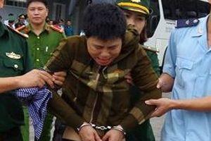 Người phụ nữ giấu hàng nghìn viên ma túy trong 'vùng kín'