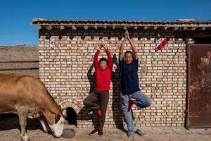Người già 'trẻ hóa' tại ngôi làng yoga đầu tiên của Trung Quốc