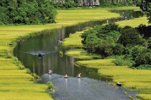 Du lịch Ninh Bình: Tăng sức hấp dẫn, nhưng vẫn cần cải thiện