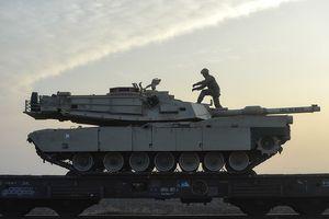 Dàn xe tăng NATO bất ngờ tung hỏa lực, Nga phẫn nộ