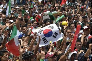 CĐV Mexico vỡ òa khi Hàn Quốc đánh bại ĐKVĐ Đức