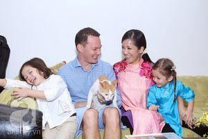 Những khoảnh khắc hạnh phúc của Hồng Nhung và chồng Tây trong 8 năm