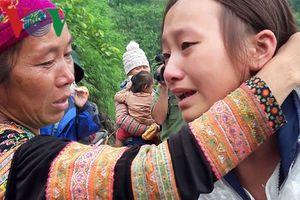 Ấm lòng người dân vùng sạt lở núi Sáng Tùng