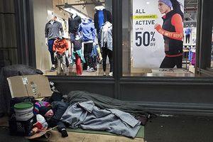 Chênh lệch giàu nghèo - hiện thực 'đáng tủi hổ' mà nước Mỹ không thể phủ nhận