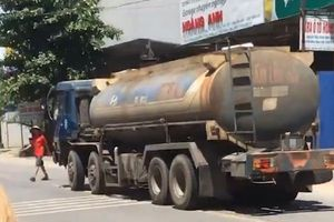 Tin tức tai nạn giao thông nóng nhất 24h: Xe bồn chở xăng tông nam thanh niên tử vong tại chỗ