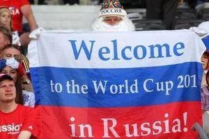 Những tấm băng-rôn với nội dung khó quên trên khán đài World Cup