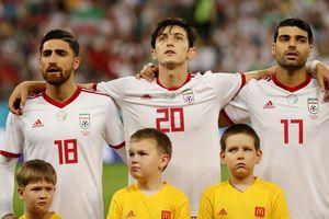 'Messi của Iran' Azmoun chia tay tuyển quốc gia ở tuổi 23 vì mẹ