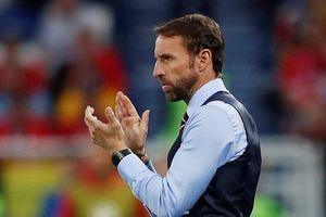 HLV tuyển Anh giải thích lý do 'thua trận vẫn vui'