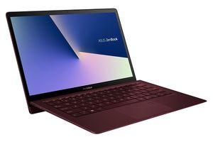 Laptop siêu mỏng, nhẹ, cấu hình 'khủng'