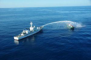 Ngư dân câu mực Nhật sợ đâm va tàu cá Triều Tiên