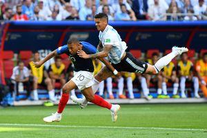 Mbappe gây sốt với pha bứt tốc khó tin trong trận thắng Argentina