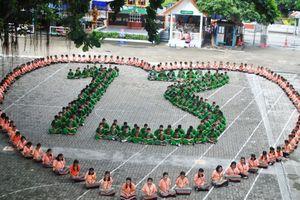 Cả Thái Lan cầu nguyện cho đội bóng thiếu niên mất tích