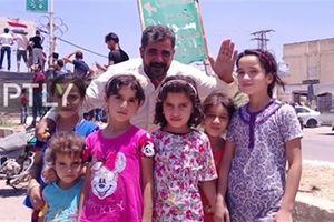 Anh không kích SAA, người dân Dara'a hô vang Assad