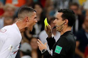 Cặp sát thủ Cavani và Suarez 'cắn' nát giấc mơ World Cup của Ronaldo