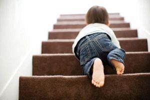 7 tai nạn trẻ em hay gặp nhất do lỗi chủ quan của bố mẹ Việt