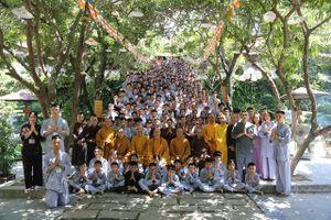 Hàng trăm Phật tử Bắc Ninh tham gia khóa tu 'Con Đường Phật Pháp'