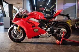 Chi tiết Ducati Panigale V4 S nhập Italy chính hãng giá 1,5 tỷ ở VN