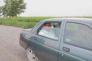 Báo Hàn: Ông Kim Jong Un đi thị sát bằng xe hơi cũ của Nga