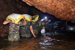 Đưa đội bóng Thái ra khỏi hang mất bao lâu?