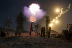 Lính Mỹ trong các đợt tập trận và huấn luyện bí mật ban đêm