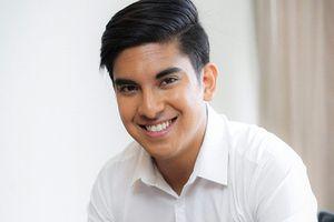 Điều ít biết về Bộ trưởng điển trai, trẻ nhất lịch sử Malaysia