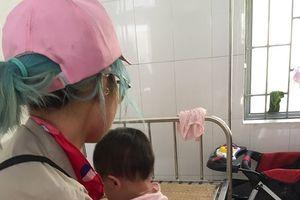 5 ngày của 'hot girl Bella' và đứa con 1 tuổi tại Trung tâm Bảo trợ Xã hội