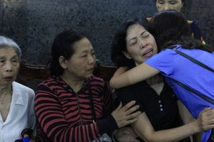 Đám tang đẫm nước mắt của cô bé 12 tuổi hiến giác mạc nhường ánh sáng cho đời