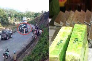 Cảnh sát Nghệ An mật phục, bắn thủng lốp xe bán tải chở 19 bánh heroin