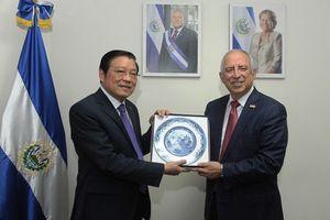 Đoàn đại biểu Đảng Cộng sản Việt Nam thăm và làm việc tại El Salvador