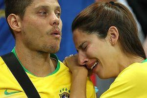 Chùm ảnh: Nước mắt người Brazil rơi như mưa sau trận thua Bỉ