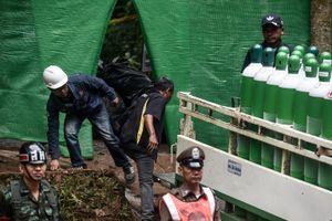 Đội bóng Thái có thể đi bộ ra khỏi hang do mực nước giảm