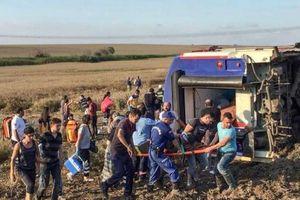 Lật tàu hỏa ở Thổ Nhĩ Kỳ, 10 người chết, 73 người bị thương