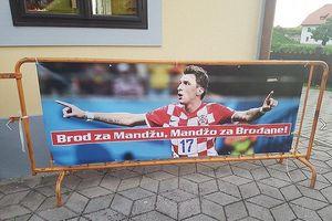 Sao Croatia chi hơn 90 triệu đãi bia cả thị trấn xem World Cup