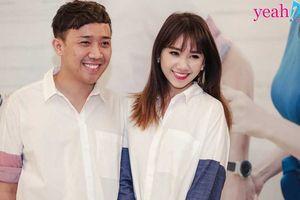 Cùng tham gia một chương trình, nhìn cảnh tình tứ của Hari Won và Trấn Thành trong hậu trường mà ai cũng ngượng