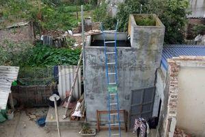 Đổ thuốc trừ sâu vào bể nước nhà hàng xóm vì mâu thuẫn