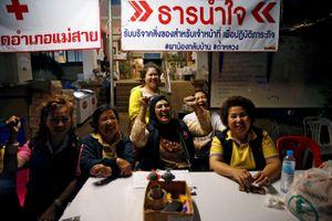 Niềm vui của cộng đồng quốc tế sau phép màu ở Thái Lan