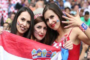 FIFA ra lệnh cấm nhà đài chiếu hình ảnh 'hot girl' trên sóng World Cup