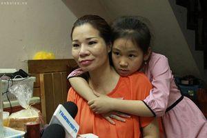 Người phụ nữ bị trao nhầm cách đây 42 năm ở Hà Nội trải lòng về những chuyện chưa từng kể sau khi tìm được người thân