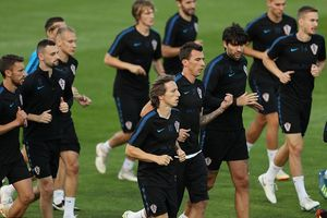 Buổi tập không tiếng cười của Croatia trước chung kết World Cup 2018