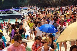 Thái Lan 'khốn khổ' vì du khách nước ngoài quá đông