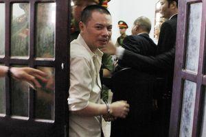 Nhiều người ký đơn xin cứu xét cho tử tù Đặng Văn Hiến