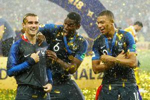 Chấm điểm Pháp 4-2 Croatia: Pogba, Mbappe tỏa sáng