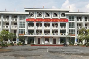 Học sinh Hà Giang buồn vì bị miệt thị 'dùng tiền mua điểm'