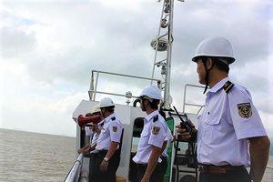Sách nhiễu giảm, tàu 'lướt' nhanh vì cải cách hành chính trong Hàng hải
