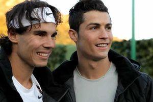'Ronaldo chuyên nghiệp giống Nadal, Messi tài năng như Federer'
